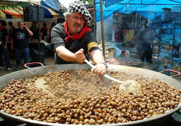 Sabies que a Lleida ciutat es mengen 12 tones de caragols en un cap de setmana?